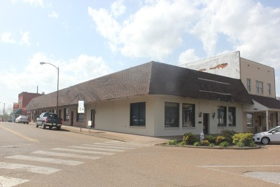 Commercial For Sale: 101 W Court Square
