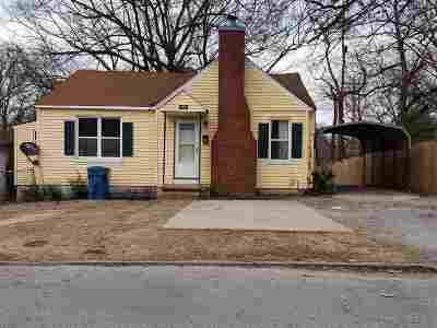 Gibson County Single Family Home For Sale: 233 E 8th Street