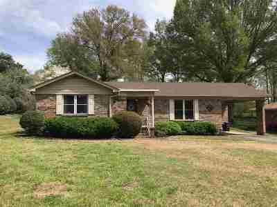 Dyersburg Single Family Home For Sale: 832 Flicker