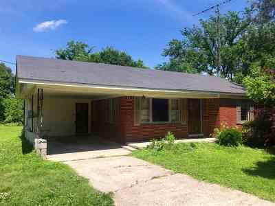 Newbern Single Family Home For Sale: 1568 Locust Grove