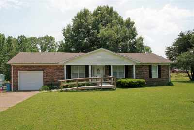 Dyersburg Single Family Home For Sale: 857 N 210