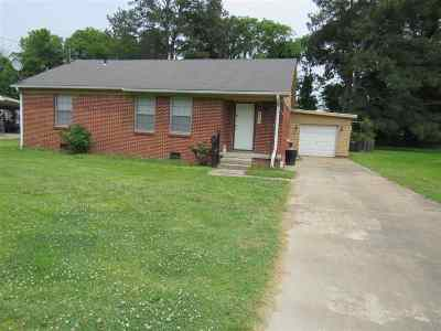 Dyer County Single Family Home For Sale: 122 Eastlawn Dr