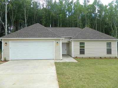 Henderson County Single Family Home For Sale: 191 Button Wood