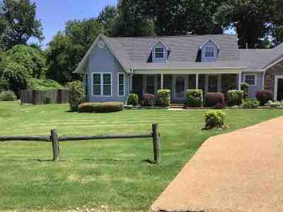 Madison County Single Family Home For Sale: 52 Idlebrook Cv