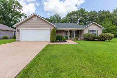Milan Single Family Home For Sale: 4040 Powell