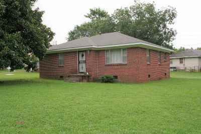 Dyersburg Single Family Home For Sale: 1827 Johnson St