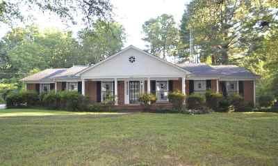 Gibson County Single Family Home For Sale: 2625 Lalatta Ln