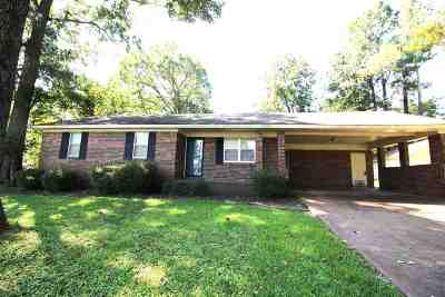 Madison County Single Family Home For Sale: 544 Desha