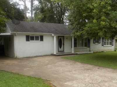 Humboldt TN Single Family Home For Sale: $79,000
