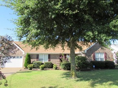 Newbern Single Family Home For Sale: 906 Whispering Pine Cove