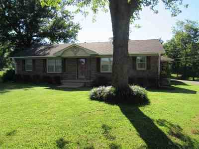 Newbern Single Family Home For Sale: 729 Scenic Hills Dr