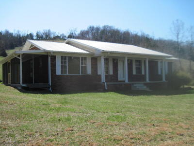 Union County Single Family Home For Sale: 243 Little Valley Rd