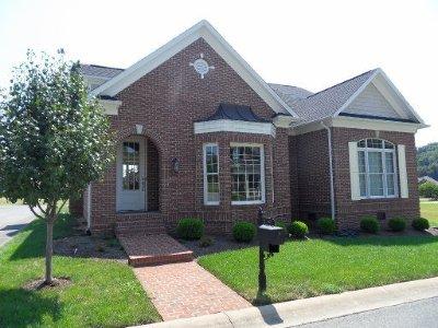 Oak Ridge Single Family Home For Sale: 49 Royal Troon Circle
