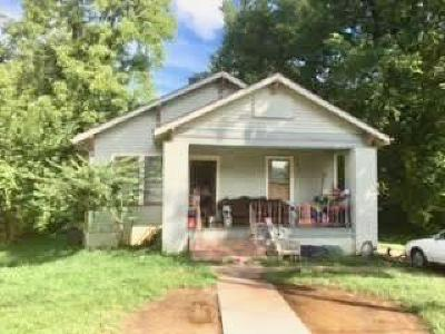 Knoxville Single Family Home For Sale: 2316 Wilson Ave