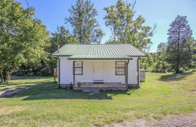 Rockford Single Family Home For Sale: 518 Roddy Branch Rd