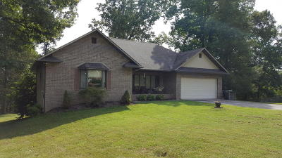 Seymour Single Family Home For Sale: 632 Sunrise Tr