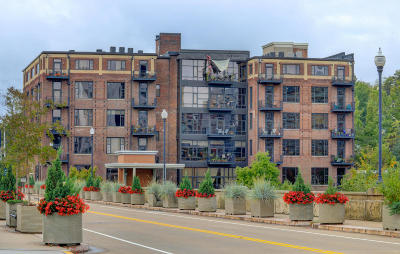 Knoxville Condo/Townhouse For Sale: 1060 Worlds Fair Park Drive #506