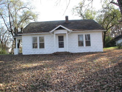 Strawberry Plains Single Family Home For Sale: 843 Asheville Hwy