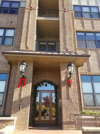 Condo/Townhouse For Sale: 445 W Blount Ave #Apt 210