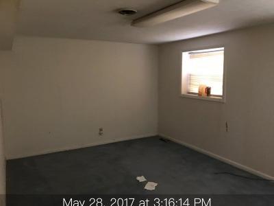Powell Single Family Home For Sale: 7705 Berkshire Blvd