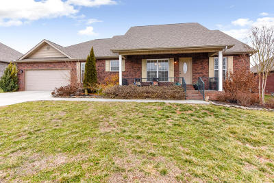 Maryville Single Family Home For Sale: 2724 Barsha Fields Lane