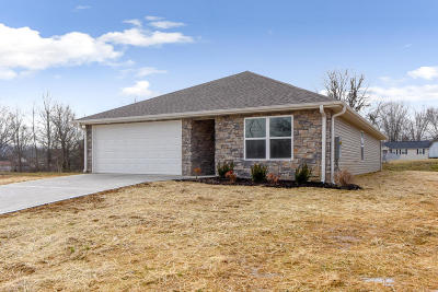 Knoxville Single Family Home For Sale: 3641 Flowering Vine Way