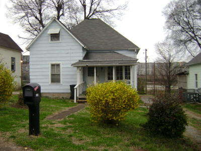 Single Family Home Sold: 909 Phillips Ave