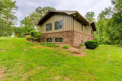 Knoxville Single Family Home For Sale: 9912 Westland Drive