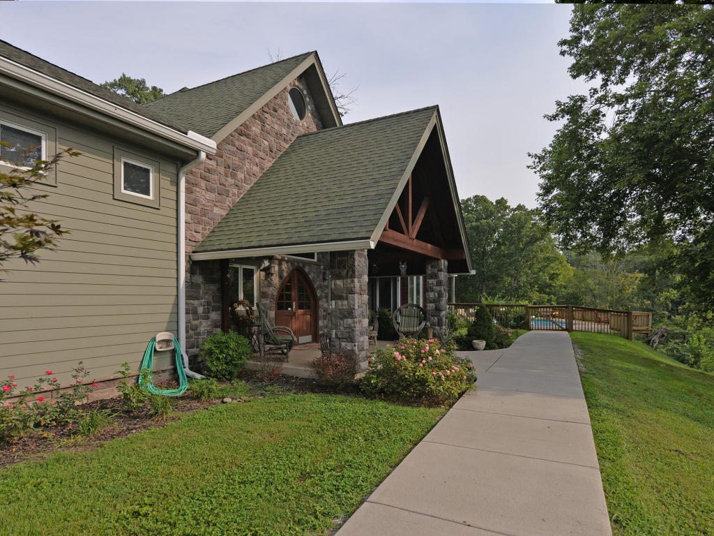 Listing: 1212 Oglesby Rd, Knoxville, TN.| MLS# 1036077 | Sharron ...