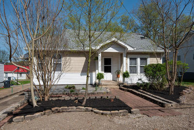 Single Family Home Sold: 3300 Sevier Ave