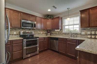 Knox County Single Family Home For Sale: 6332 E McMillan Creek Drive