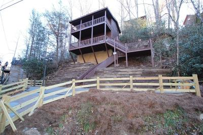 Sevier County Single Family Home For Sale: 1820 Rose