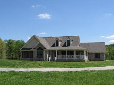 Tellico Plains Single Family Home For Sale: 997 Mecca Pike
