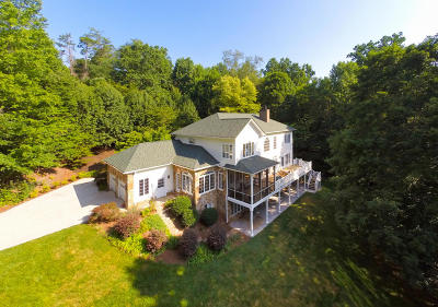 Knoxville Single Family Home For Sale: 7727 Cherokee Springs Way