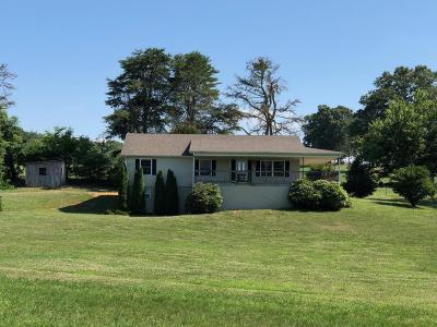 Philadelphia Single Family Home For Sale: 571 Raby Town Rd