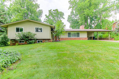 Knoxville Single Family Home For Sale: 7125 Cheshire Drive
