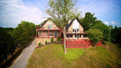 Single Family Home For Sale: 1917 Dyke Nine Rd