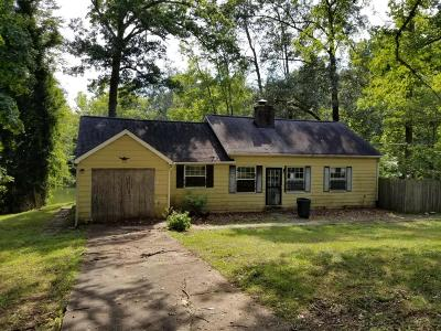 Knoxville Single Family Home For Sale: 719 Lake Forest Drive