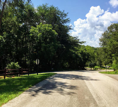 Residential Lots & Land For Sale: Tomahawk Tr