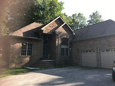 Middlesboro Single Family Home For Sale: 701 Twin Fawn Tr