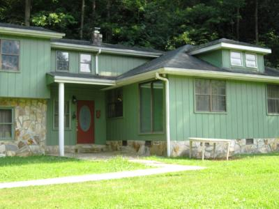 Single Family Home For Sale: 4018 Highway 68