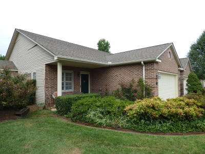 Knoxville Single Family Home For Sale: 8625 Boone Hall Court