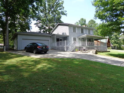 Baneberry Single Family Home For Sale: 327 Deer Creek Tr