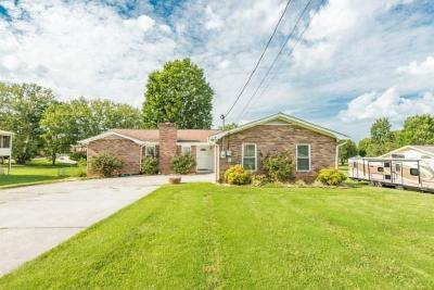 Knoxville Single Family Home For Sale: 3909 Meredith Rd