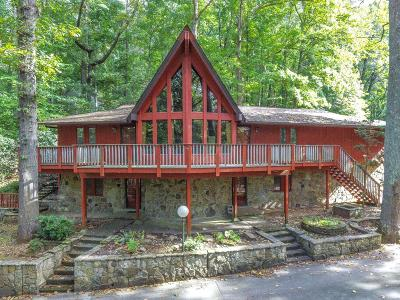 Knoxville Single Family Home For Sale: 5616 Glen Cove Drive