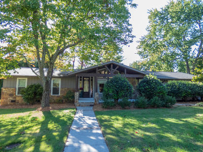 Single Family Home Sold: 9157 Carlton Circle