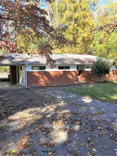 Oak Ridge Single Family Home For Sale: 840 W Outer Drive
