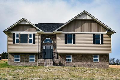 Monroe County Single Family Home For Sale: 553 Corntassel Rd