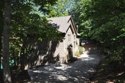 Campbell County, Anderson County, Claiborne County, Union County Single Family Home For Sale: 389 Deer Run Point