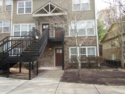 Knoxville Condo/Townhouse For Sale: 3918 Cherokee Woods Way #Apt 101